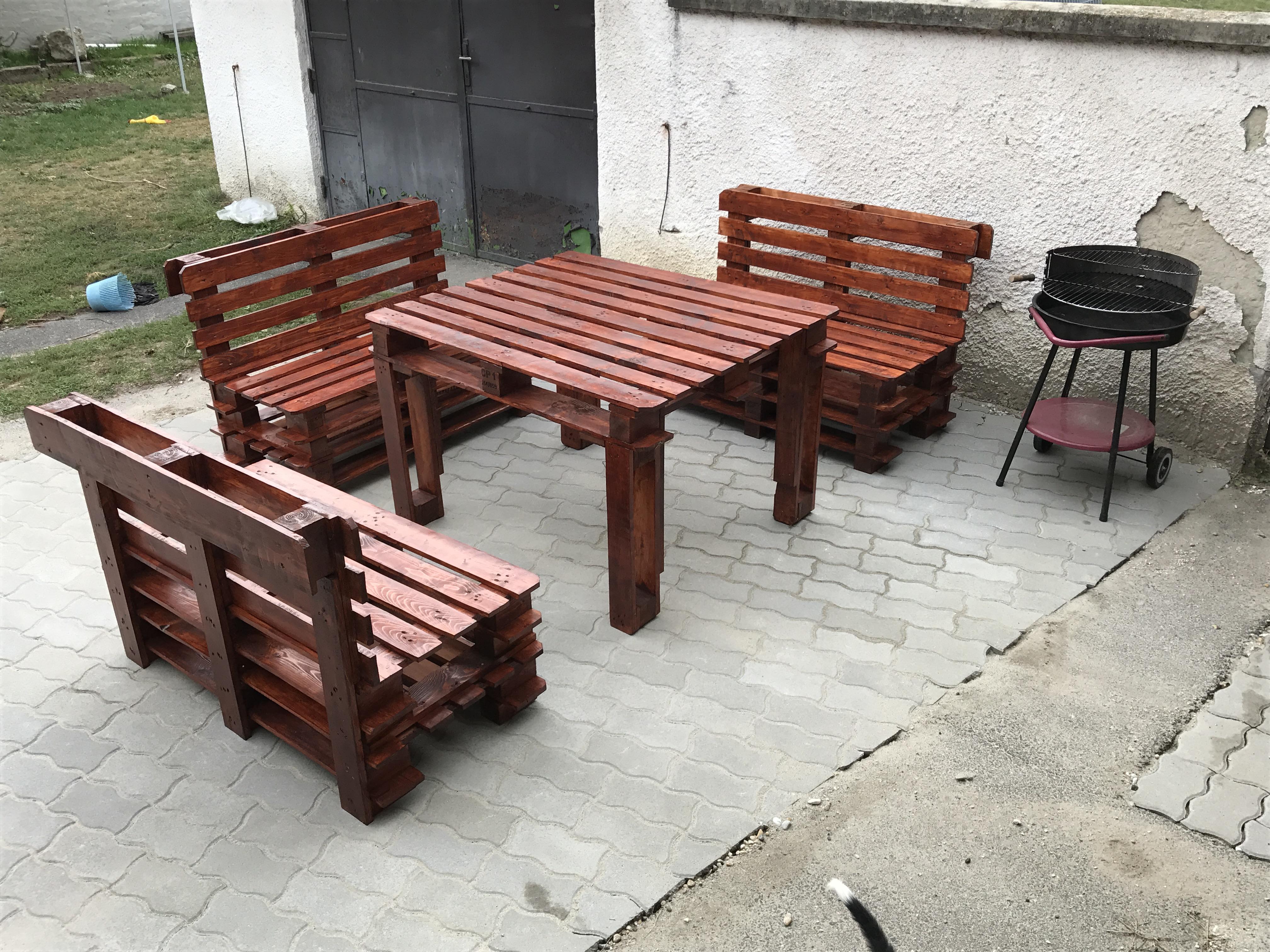 Raklap bútor